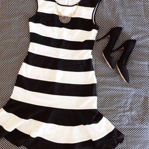 Neiman Marcus Black & White Stripe Dress XL EUC